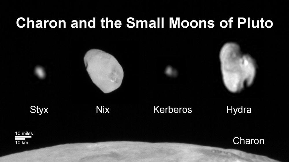 پلوتون چند قمر دارد؟